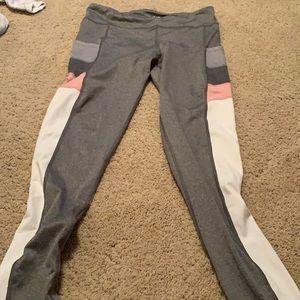 Aeropostale large leggings